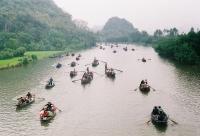 Cho thuê xe đi lễ Chùa Hương