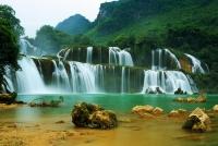 Thuê xe 7 chỗ du lịch Cao Bằng - Thác Bản Dốc