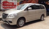 Thuê xe 7 chỗ đón tiễn Sân Bay - Xe Innova 2015 giá rẻ